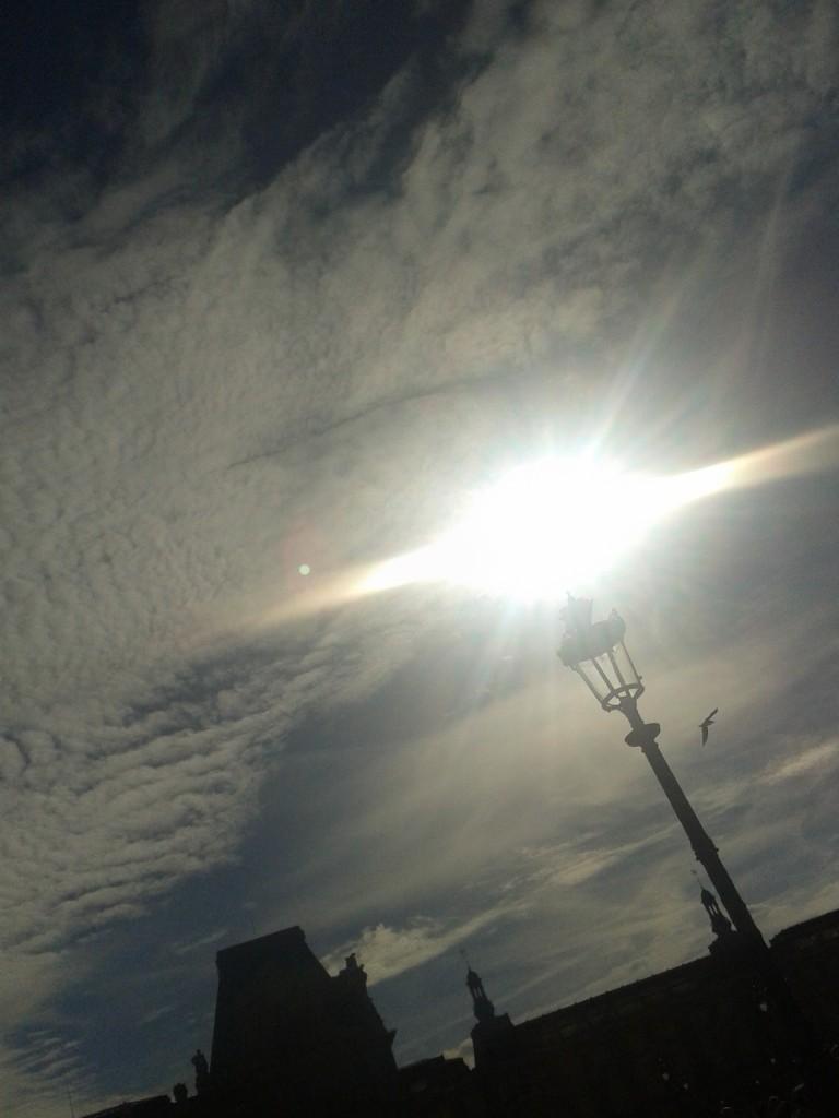 Sonne und Laterne