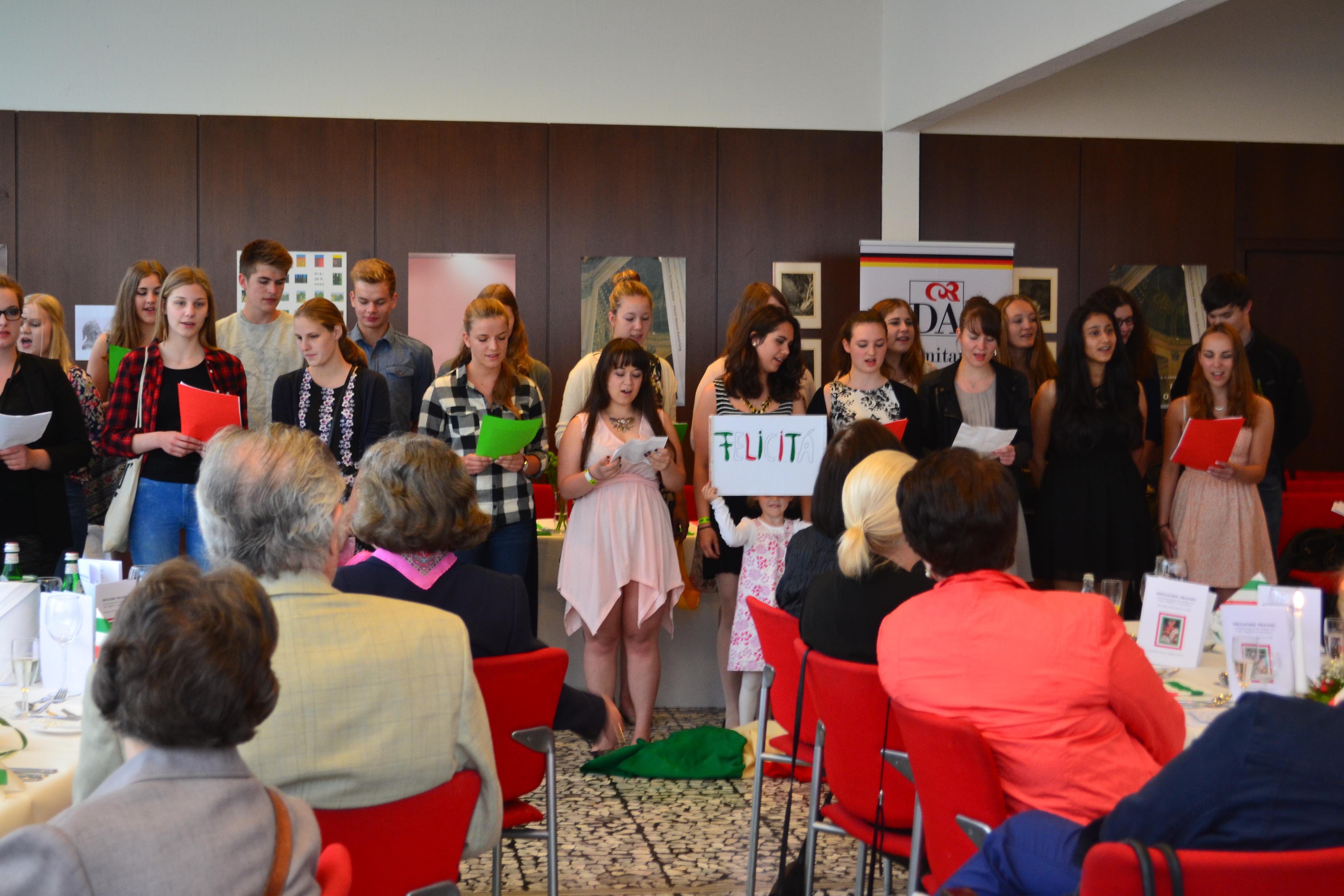 Dante Alighieri feiert seinen 750. Geburtstag – und unsere Italienischkurse sind dabei