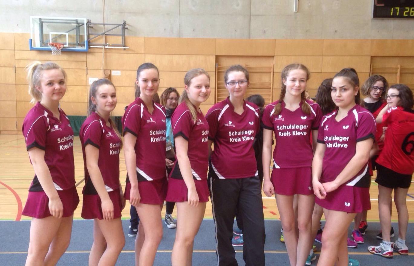 Mädchen-Tischtennis-Team Zweite beim Bundesfinale