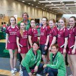 Unsere Tischtennis-Mannschaft mit Betreuerteam beim Bundesfinale in Berlin
