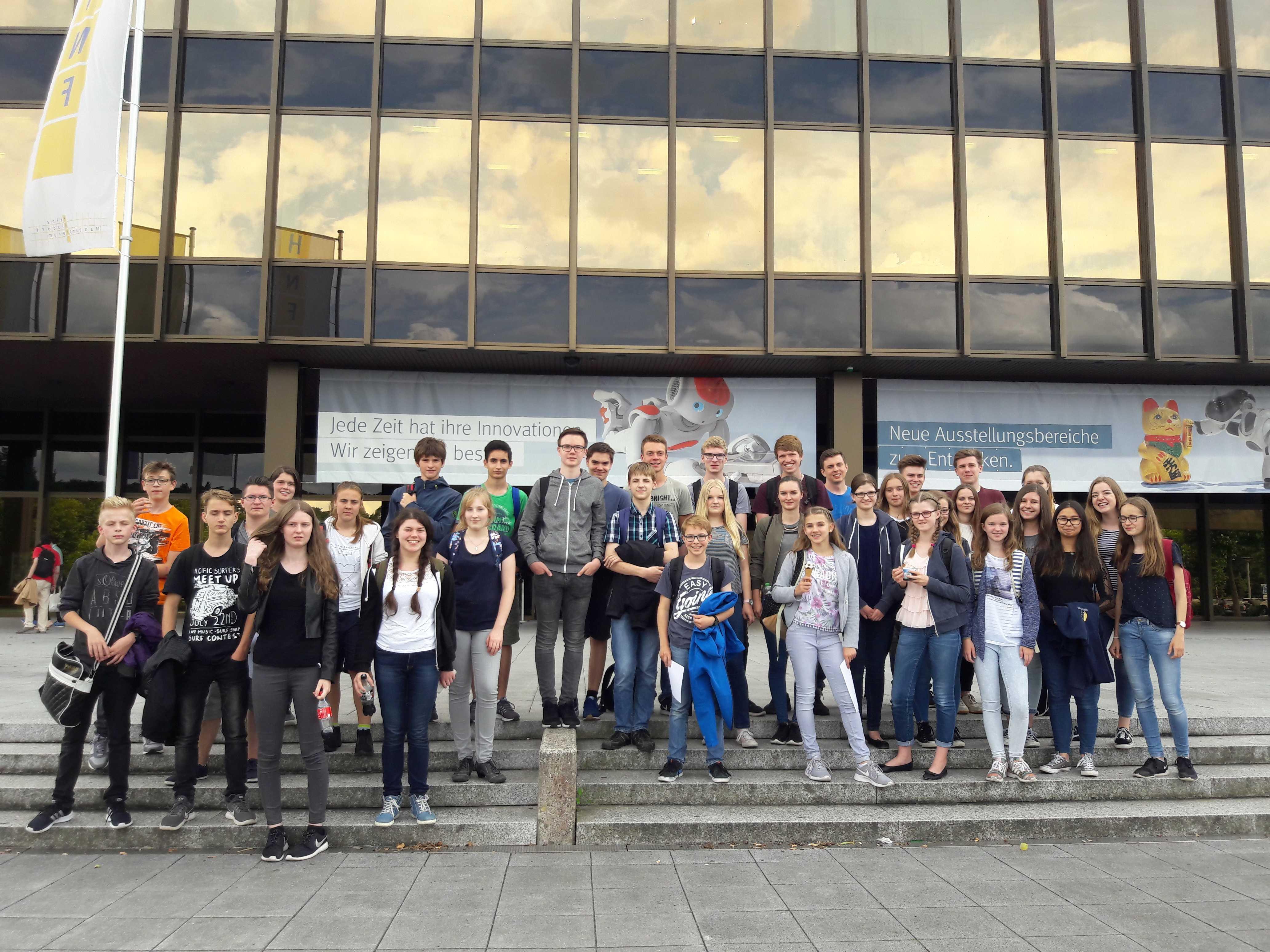 Besondere Leistungen im Fach Mathematik – Mathefahrt zum Heinz-Nixdorf-Forum in Paderborn