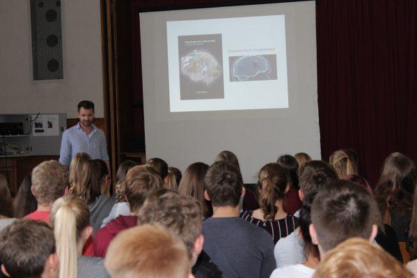 """Mathematiker und Journalisten im """"Forum ehemaliger Steiner"""""""