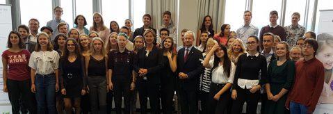 'Keeping Up With the Sprachenfamilie' – Beim 40. Geburtstag des Bundeswettbewerb Fremdsprachen erreicht Maja Schulte einen dritten Preis