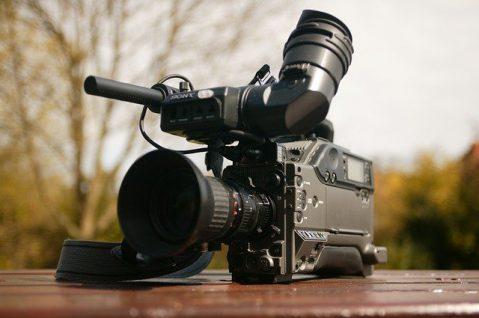WDR-Fernsehteam am Stein